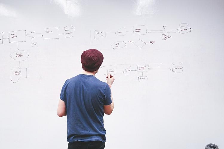 """Projekty wymagają dużej pojemności serwrea - to, co wymyślisz, musisz nastęnie """"przelać"""" na wersję elektroniczną."""
