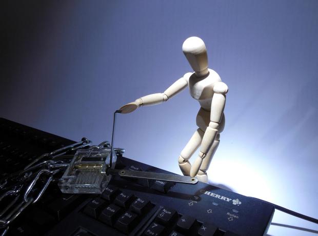 Cyberzagrożenia dla firm i konsumentów – Kaspersky Lab podsumowuje 2015 rok
