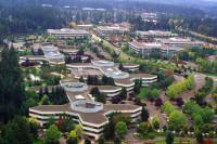 Widok z lotu ptaka na główny kampus.