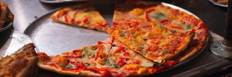 Jak zareklamować jedzenie na dowóz w Google? Poznaj gastronomiczne case study!