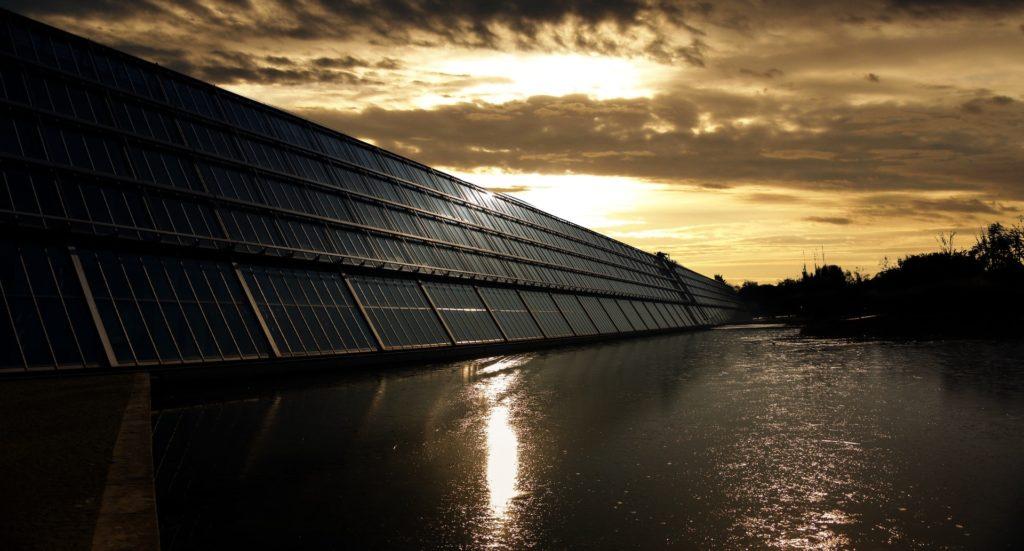 Jak czerpać korzyści z energii słonecznej i zostać czołową firmą fotowoltaiczną? Case study