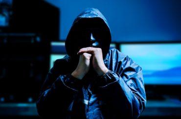 Phishing - podejrzany email z banku lub Facebooka