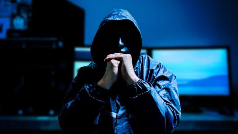 Podejrzany email z banku lub Facebooka? To może być phishing