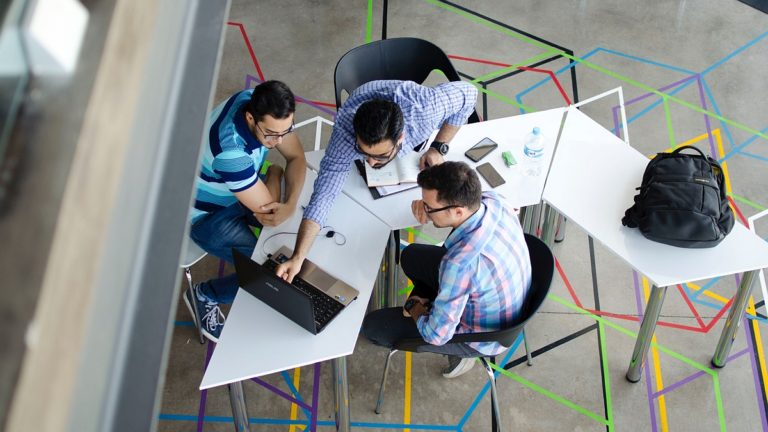8 najlepszych funkcji w komunikatorze Microsoft Teams