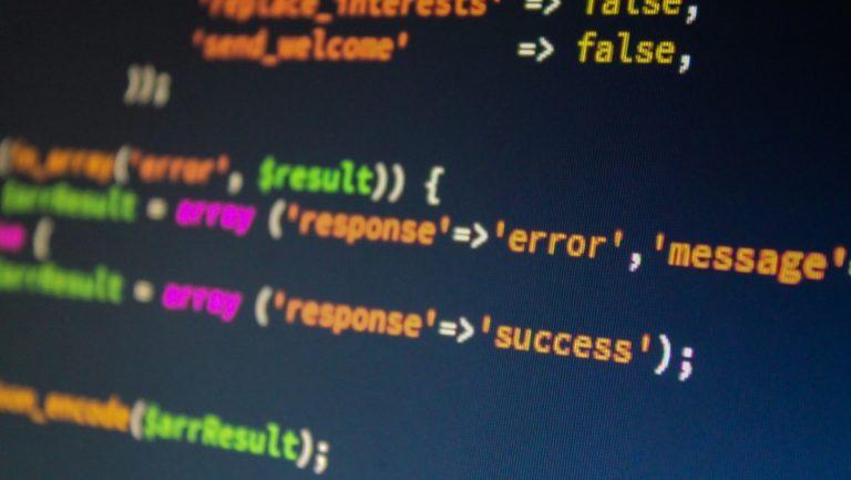 Dlaczego warto korzystać z aktualnej wersji PHP?