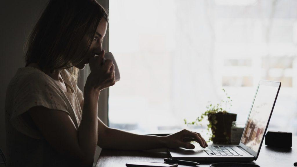 Narzędzia do pracy zdalnej dla biznesu i administracji