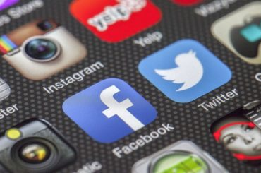 Naprawianie miniatury w podglądzie postu na Facebooku lub Twitterze