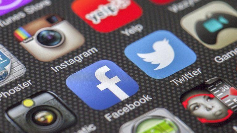 Jak naprawić brak podglądu (miniatury) strony na Facebooku lub Twitterze?
