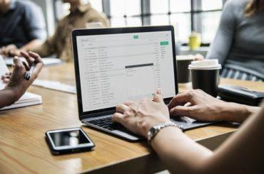 Jak złożyć podpis cyfrowy na dokumencie elektronicznym?