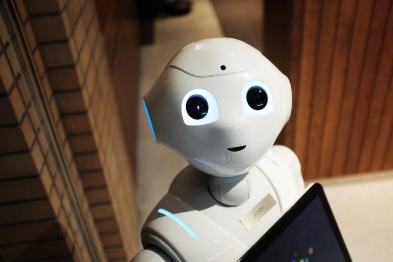 Uczenie maszynowe i sztuczna inteligencja w zastosowaniu biznesowym – odpowiadamy na pytania z webinaru