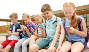 najlepszy antywirus na smartfon, dobre opinie, ochrona dziecka w sieci, kontrola rodzicielska, jak zabezpieczyć komórkę dziecka, ochrona najmłodszych w Internecie