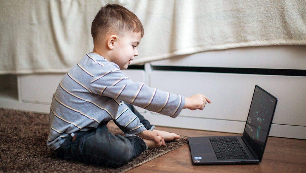 Bezpieczeństwo dzieci w Internecie - webinar