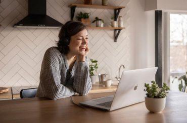 Co powinna zawierać strona internetowa małej firmy