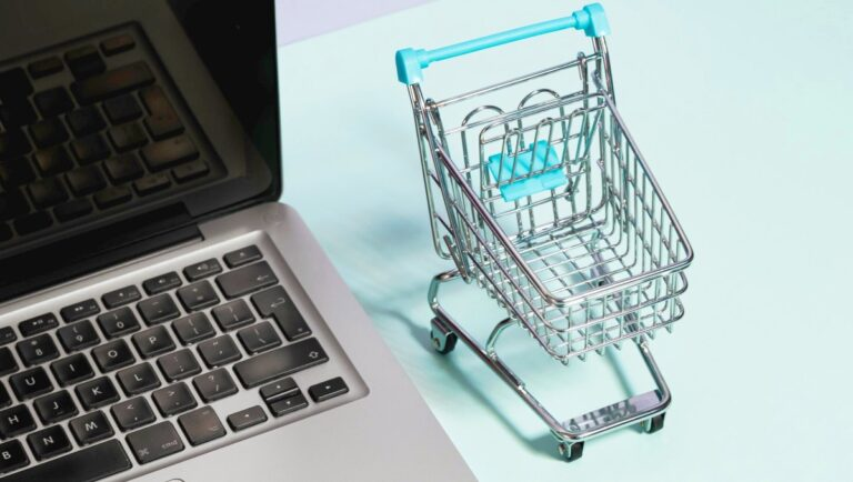 Jak stworzyć dobry opis produktu w sklepie internetowym?