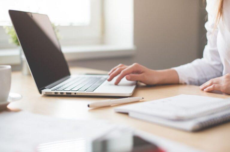 Jak wdrożyć i przeszkolić pracowników z działania Google Workspace (G Suite)?