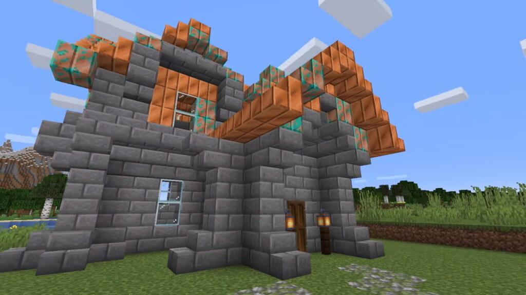 Minecraft - miedziany dach pokrywający się patyną