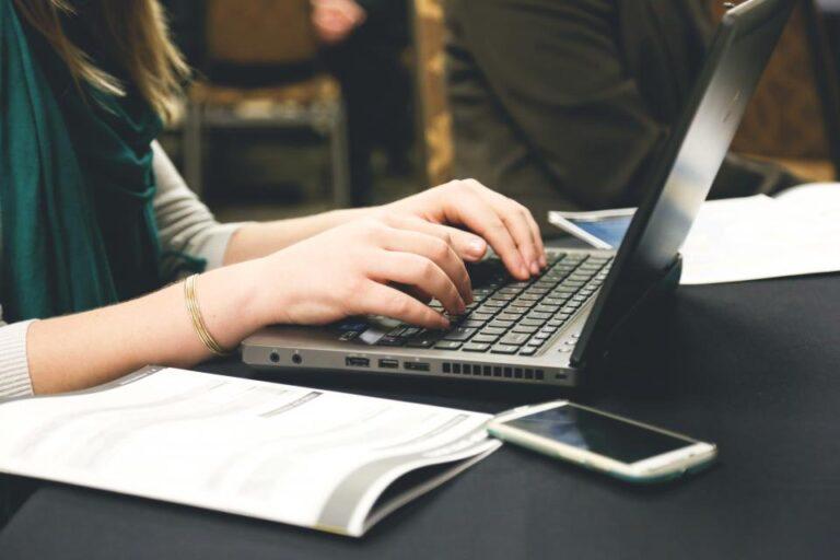 Elektroniczny obieg dokumentów z podpisem elektronicznym – jak działa Autenti?
