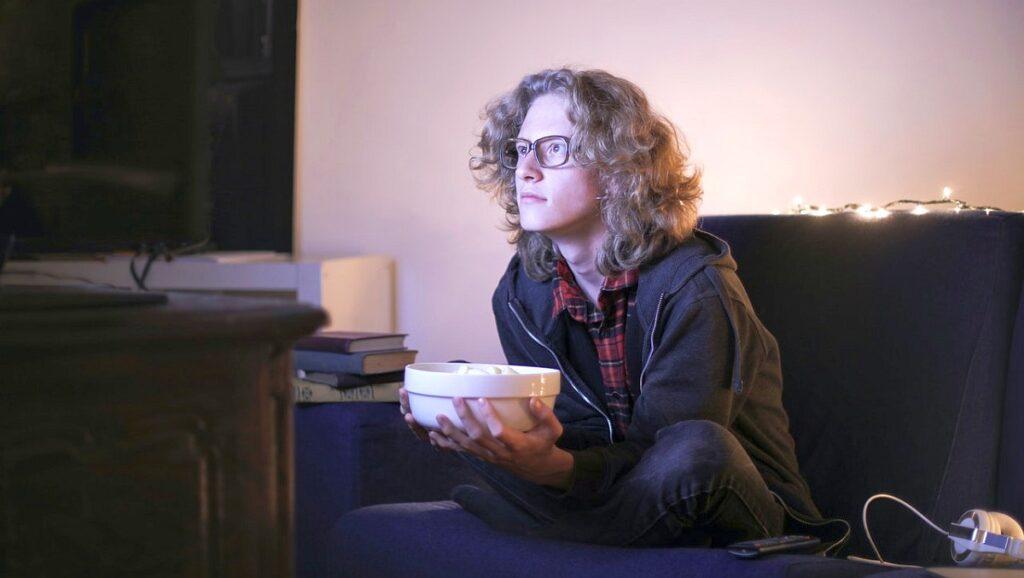 Gdzie oglądać filmy i seriale online – polecane platformy streamingowe
