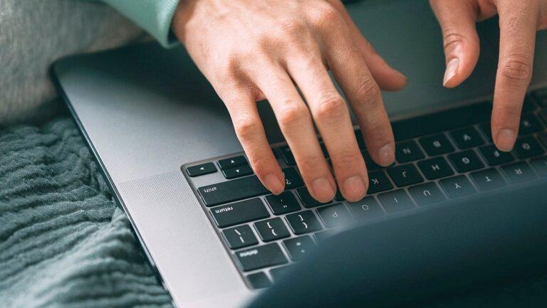 Ktoś posługuje się Twoim mailem? Sprawdź, jak zabezpieczyć firmową pocztę