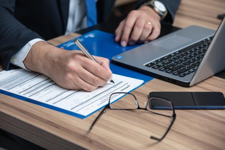 Jak korzystać z podpisu elektronicznego w kancelarii prawnej?
